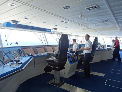 SOS tlačidlo, ktoré sa pri väčšine viac ho spotrebovalo kráľovské námorníctvo.