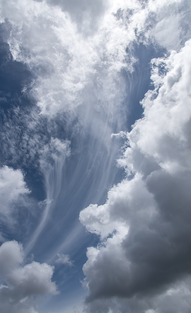 clouds-3994154_640